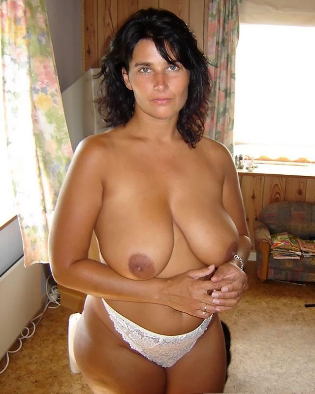 видео просмотр большие грудизрелые женщины